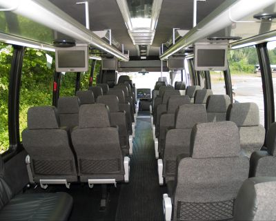 31-passenger-executive-mini-coach8-big